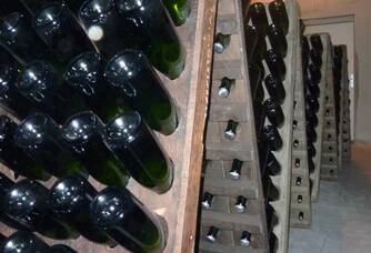 Les pupitres de remuage du domaine Champagne Boulachin Chaput