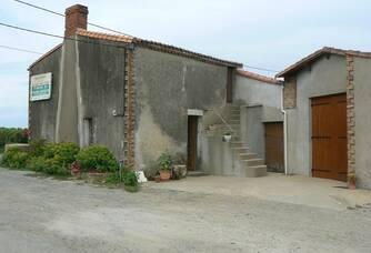 Caveau du Domaine du Champ Chapron